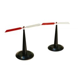 Стрелки магнитные на штативах (пара)