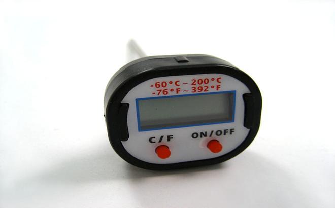 Термометр электронный демонстрационный