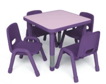 Стол детский квадратный